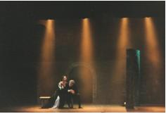 """Ópera """"Rigoletto"""", Teatro Roma de Avellaneda, Iluminación: Mauricio Rinaldi, 2004"""